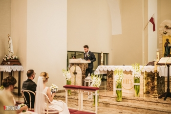 3.-Kościół-2019-06-22-Dominika-Mateusz-12