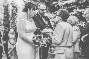 4. Wejście i pierwszy taniec - 2018-05-12 - Karolina & Tomasz (21)