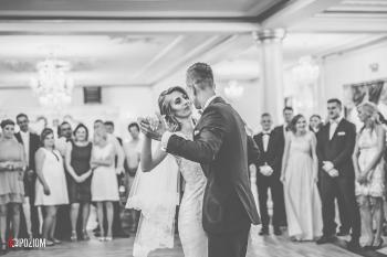 4. Wejście i pierwszy taniec - 2018-06-16 - Monika & Marcin (44)